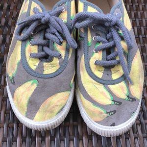Anthropologie Shoes - Anthropologie shoes 40 9 banana print startas